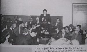 Iosif Țon predicând la Biserica Baptistă Mihai Bravu 1977