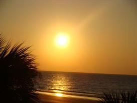 Răsărit de soare (incertitudini2008.blogspot.ro)