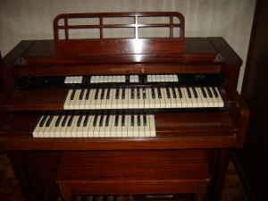 1957 Baldwin Orga-sonic(americanlisted.com)