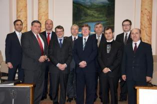 BCB-Golgota centenar 30 decembrie 2012 - poza de grup cu invitatii (revistacrestinulazi.ro)
