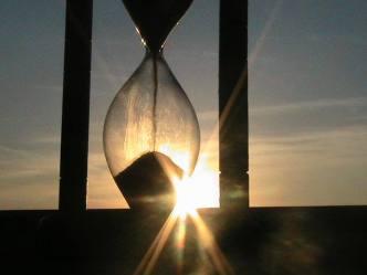 clepsidră, timp (codulluioreste.ro)