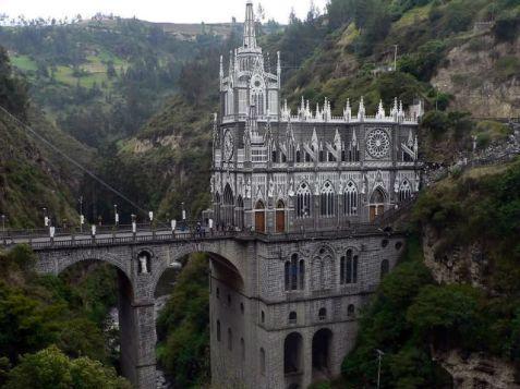 Catedrala Las Lajas, America de Sud (9am.ro)
