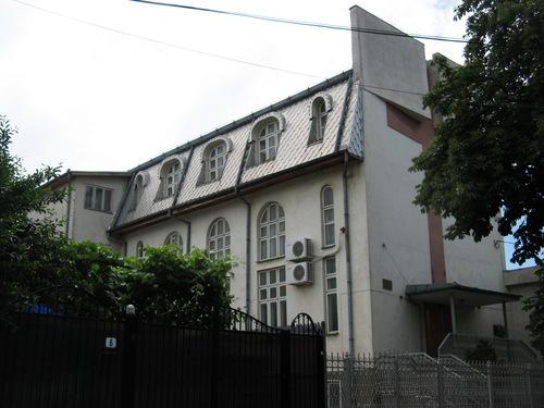 Biserica Baptistă Nădejdea București (panoramio.com - 13.09.2014)