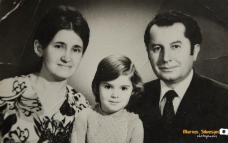 Iosif Țon împreună cu familia (1974)