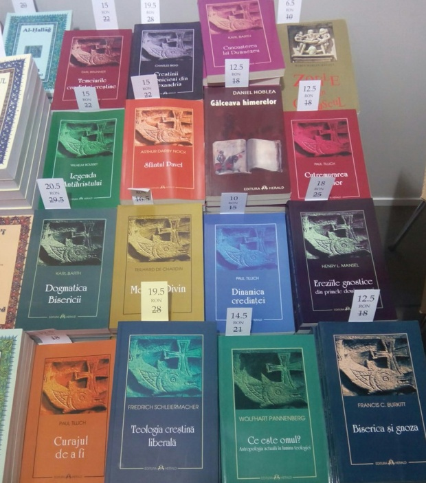 Oferta pe teologie creștină a Editurii Herald la Târgul de carte Kilipirim octb 2014
