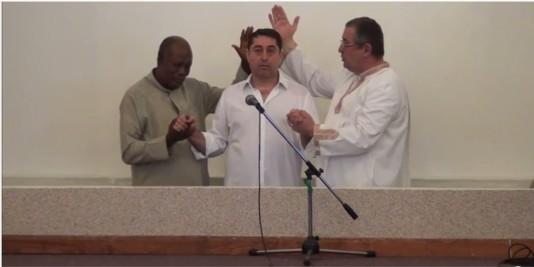 Botez Cristian David la Biserica INternațională Harul din București (19.04.2015)