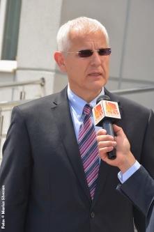 Viorel Iuga acordând interviu Credo TV (Oradea, 29.05.2015)
